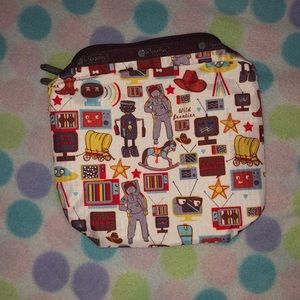 LeSportsac Ex Lg rectangle buckaroo too bag